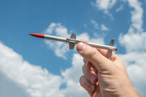 Izrael zlikwidował zagranicznego eksperta od broni rakietowej