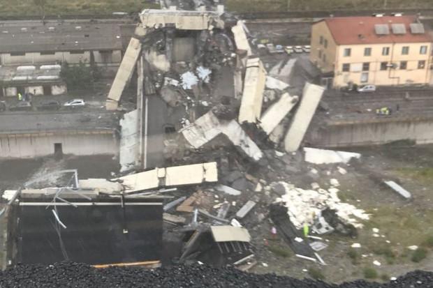 Ustalono prawdopodobne przyczyny zawalenia mostu w Genui