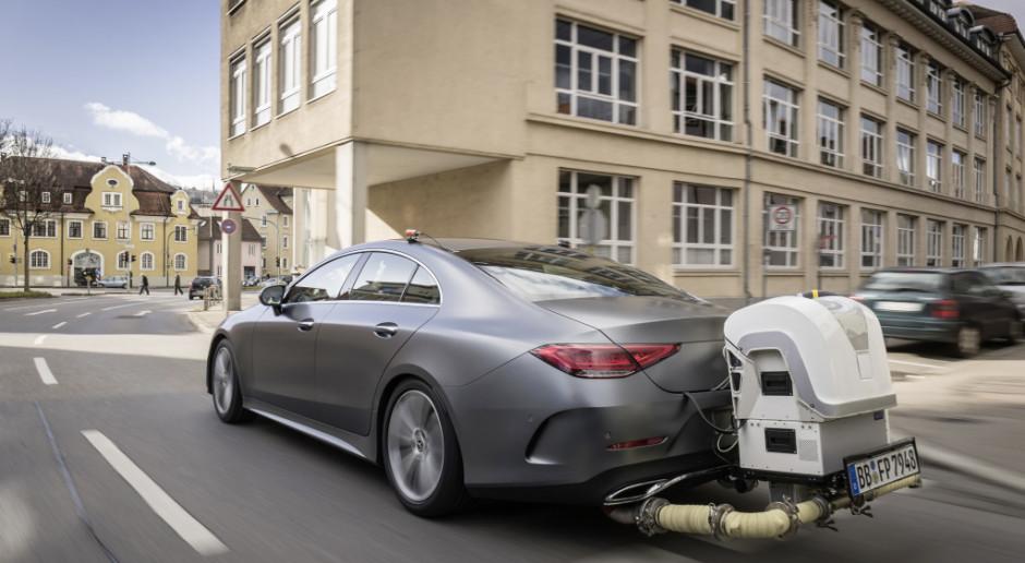 Nowe normy emisji spalin stymulują rekordową sprzedaż samochodów
