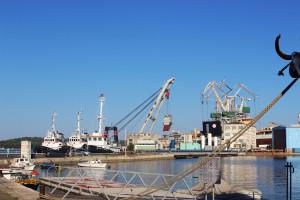 Tysiące stoczniowców rozpoczęły strajk