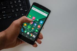 Kupując smartfona zapłacisz więcej. Przez unijnych urzędników