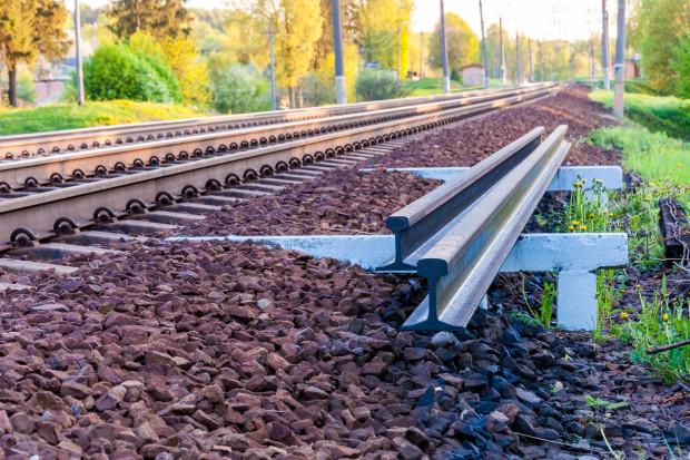 Łotwa żąda od Litwy ponad 82 mln euro za rozebranie torów do Renge