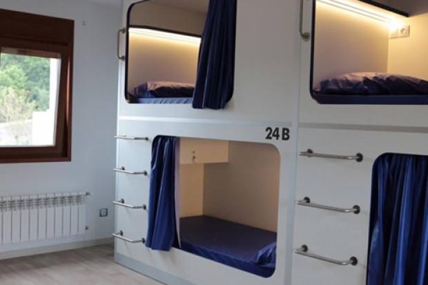"""200 euro za 2,4 m2 mieszkania. Władze Barcelony nie chcą """"kapsułowych"""" mieszkań"""