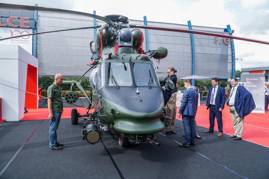 Wśród prezentowanych przez należące do koncernu Leonardo Helicopters zakładów PZL-Świdnik, śmigłowców polskiej konstrukcji znalazł się W-3PL Głuszec. Takimi maszynami latają żołnierze 56 Bazy Lotniczej w Inowrocławiu.
