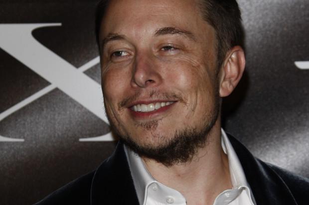 Elon Musk kilka dni po zawarciu ugody wyśmiał SEC na Twitterze