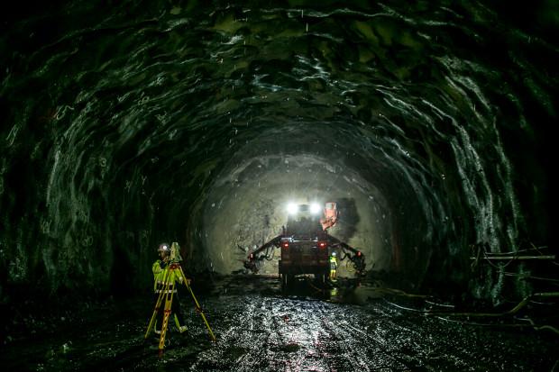 Turbulencje w tunelu