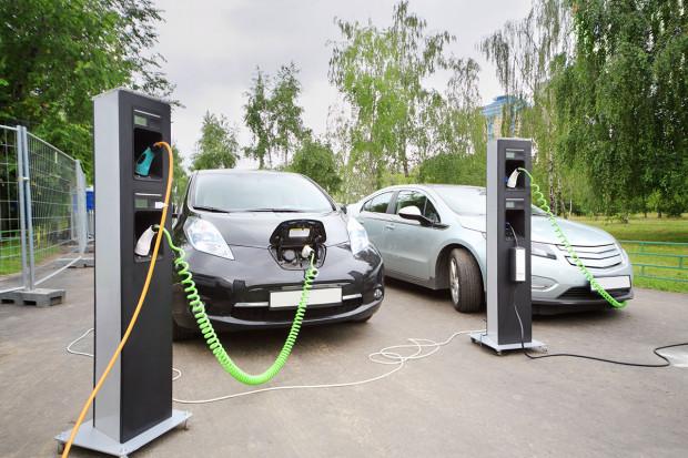 Elektromobilność - czas pionierów