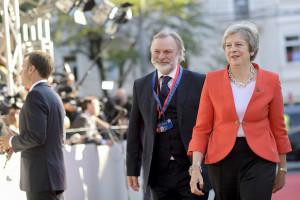 """""""No deal"""" coraz bliżej. Brytyjskie straty idą w miliardy euro"""
