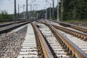 Wichury wstrzymały ruch na głównej linii kolejowej Polski