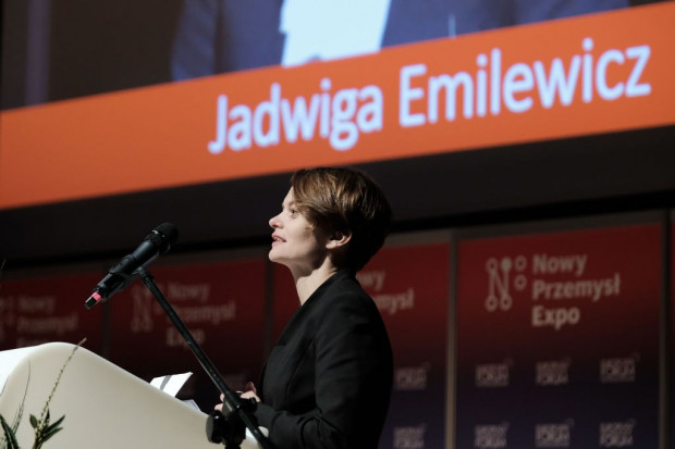 Emilewicz: w lutym będzie wykaz regulacji niezbędnych do realizacji Energii Plus