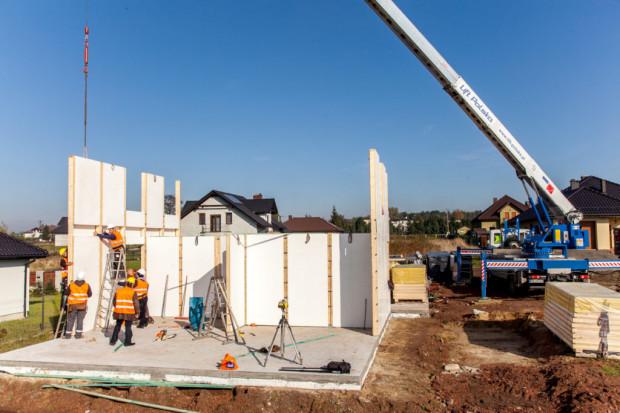 LS Tech-Homes ma szansę na duży kontrakt w Berlinie