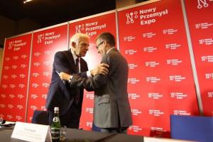 Jerzy Buzek i Carlos Moedas podczas konferencji prasowej.