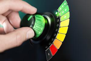 Adam Gierek o manipulacjach Komisji Europejskiej. Efektywność energetyczna czy ekstensywne ograniczanie użytkowania energii?