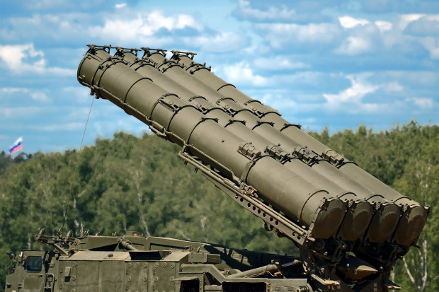 """Nowy zestaw rakietowy w obwodzie kaliningradzkim """"wszedł"""" do służby"""