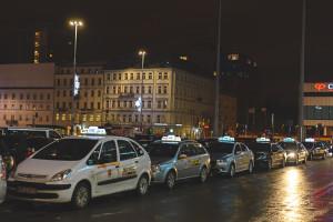 """Protest taksówkarzy przeciwko """"lex Uber"""". Ma być największy w historii"""