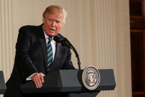 Donald Trump zaoszczędził 23 mld dolarów