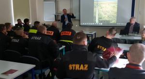 Energetycy uczą strażaków, jak gasić urządzenia energetyczne