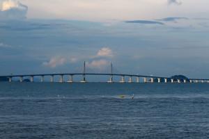 Zobacz najdłuższy most świata. Kosztował prawie 16 mld dol.
