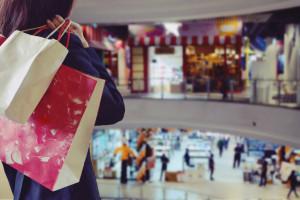 Zakupy w sieci? Polacy częściej korzystają ze stacjonarnych sklepów