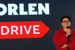 """Orlen chce zmienić sposób, w jaki tankujemy paliwo. """"Robimy to, by rozładować kolejki"""""""