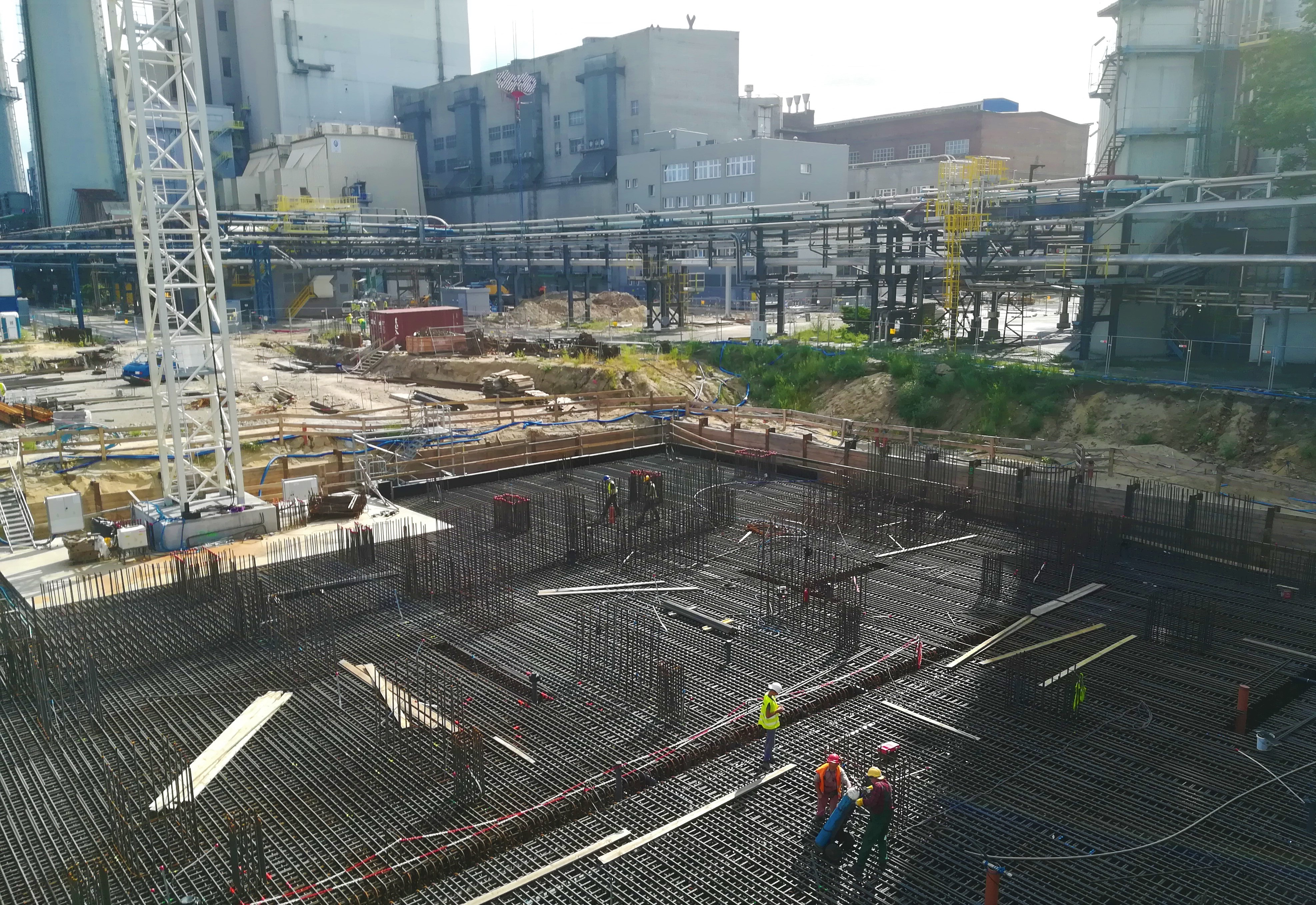 Prace na budowie bloku w EC Żerań.