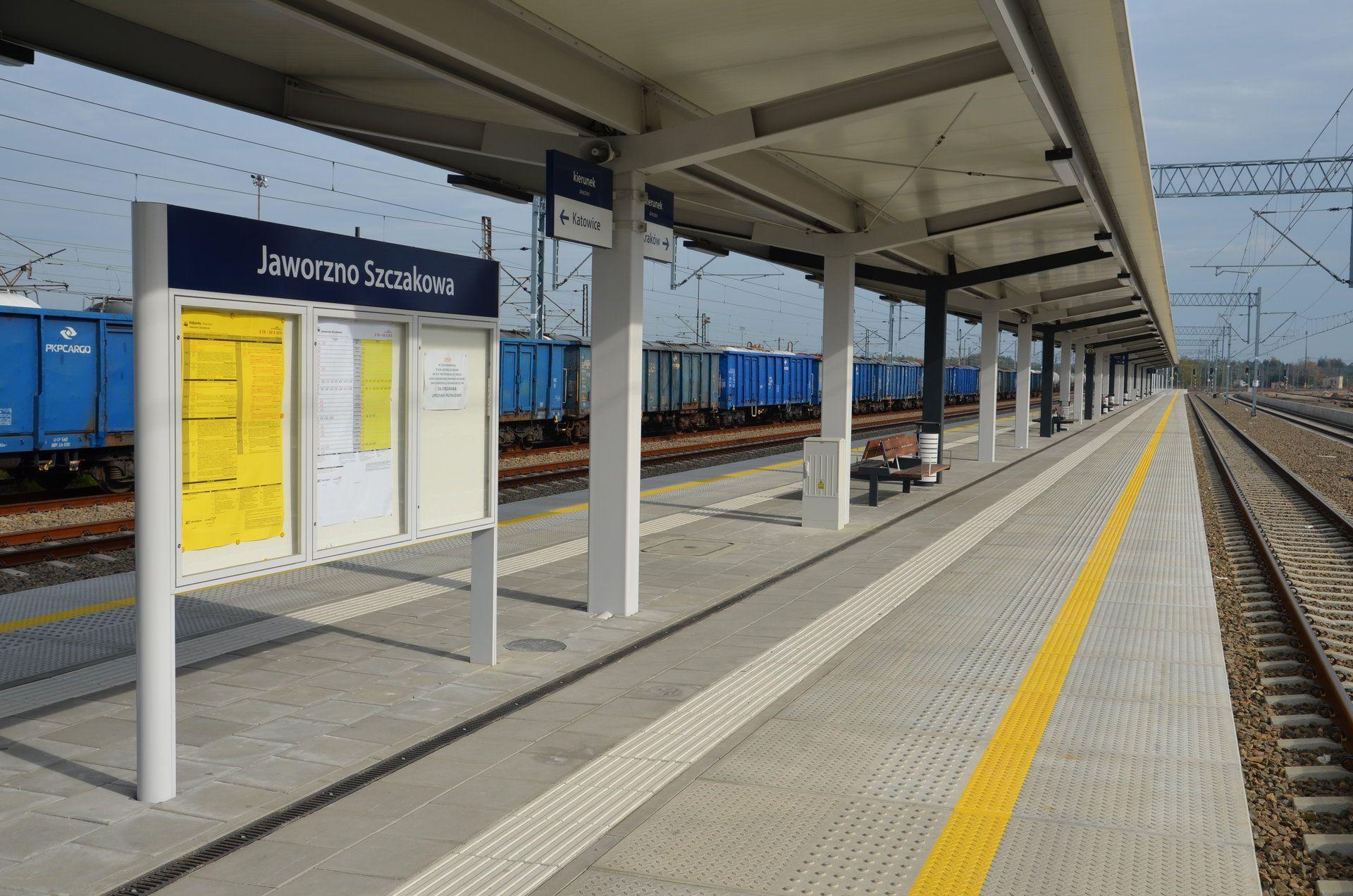 Zmodernizowany peron na stacji Jaworzno Szczakowa (fot. PKP PLK)
