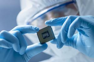 Brytyjski producent czipów ARM wstrzymał współpracę z Huawei