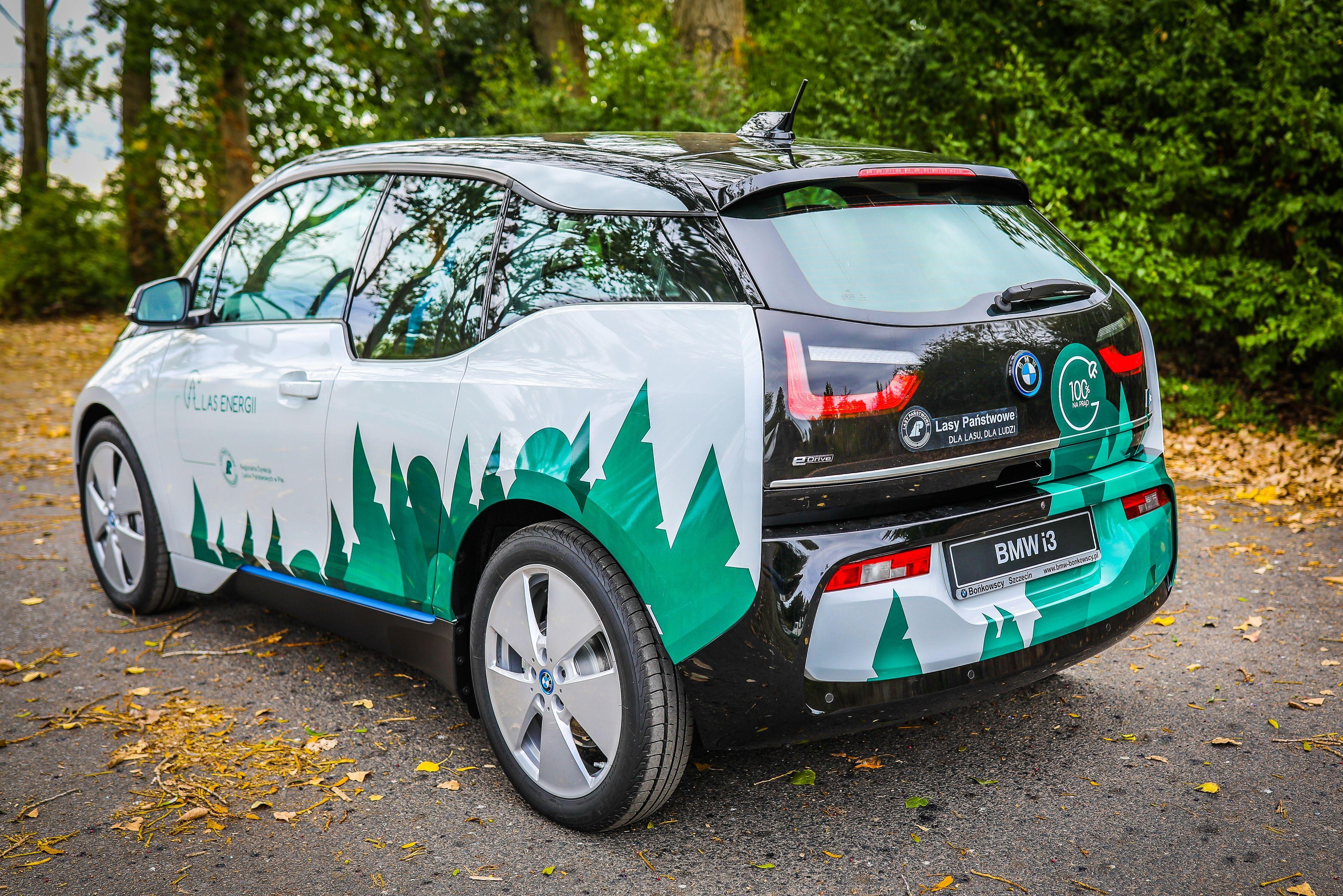 Do Lasów Państwowych trafiło 15 aut BMW i3 (fot. mat. pras. BMW)