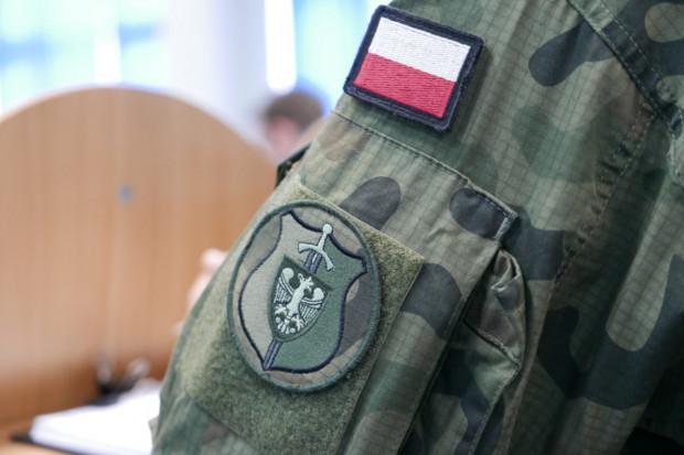 Rośnie liczba kobiet ochotniczo stawiających się do kwalifikacji wojskowej
