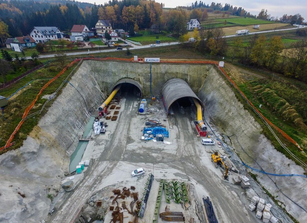 Budowa tunelu na S7 Zakopiance. fot. GDDKiA
