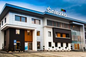 Największy producent farb i lakierów w Polsce chwali się historycznymi wynikami