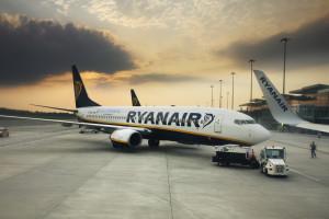 Wrocławskie lotnisko zainwestowało w kolejne miejsce do odladzania samolotów