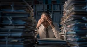 Zmiany w dokumentacji pracowniczej. Przyjęte poprawki nie rozwiały wątpliwości