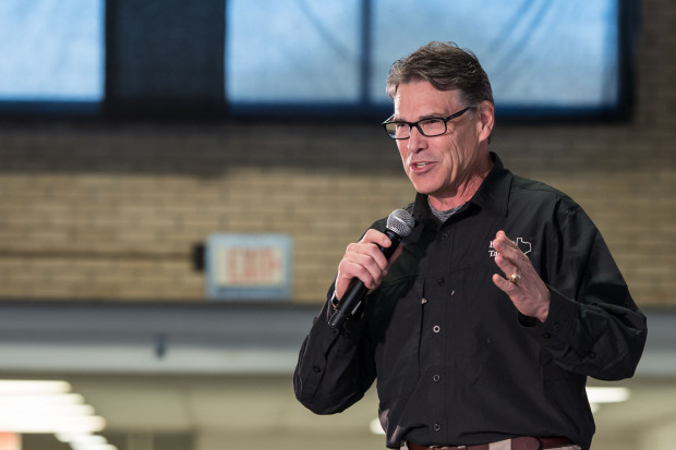 Rick Perry: Polska jest regionalnym liderem w cyberbezpieczeństwie