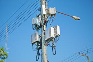 Szwajcaria będzie badać skutki zdrowotne sieci 5G