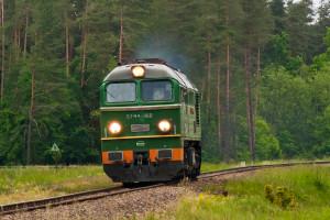 Coraz więcej lokomotyw w historycznych barwach PKP