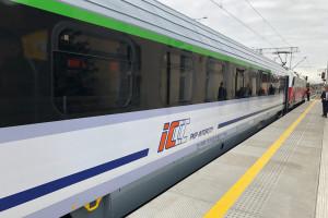 Pierwsze 10 zmodernizowanych wagonów dla PKP Intercity gotowe