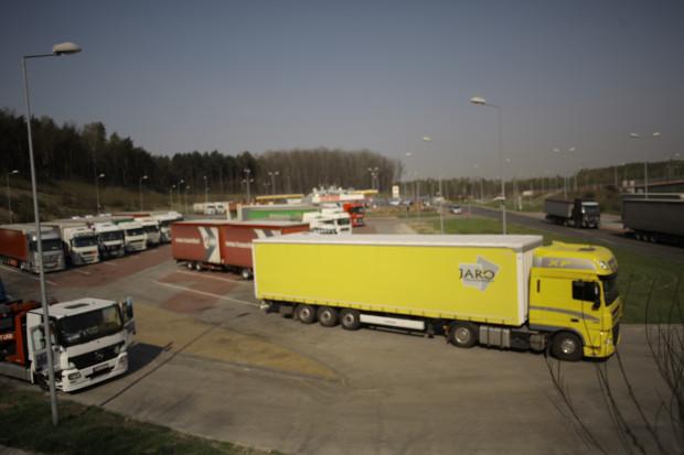 ACEA: zbyt agresywne cele redukcji emisji CO2 dla ciężarówek