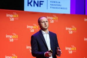 Marek Chrzanowski odchodzi z KNF, ale z otrzymywania pensji nie rezygnuje