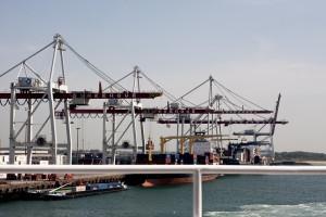 W razie Brexitu konieczna będzie rozbudowa infrastruktury portu w Dunkierce