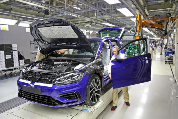 Volkswagen stawia na robotyzacje