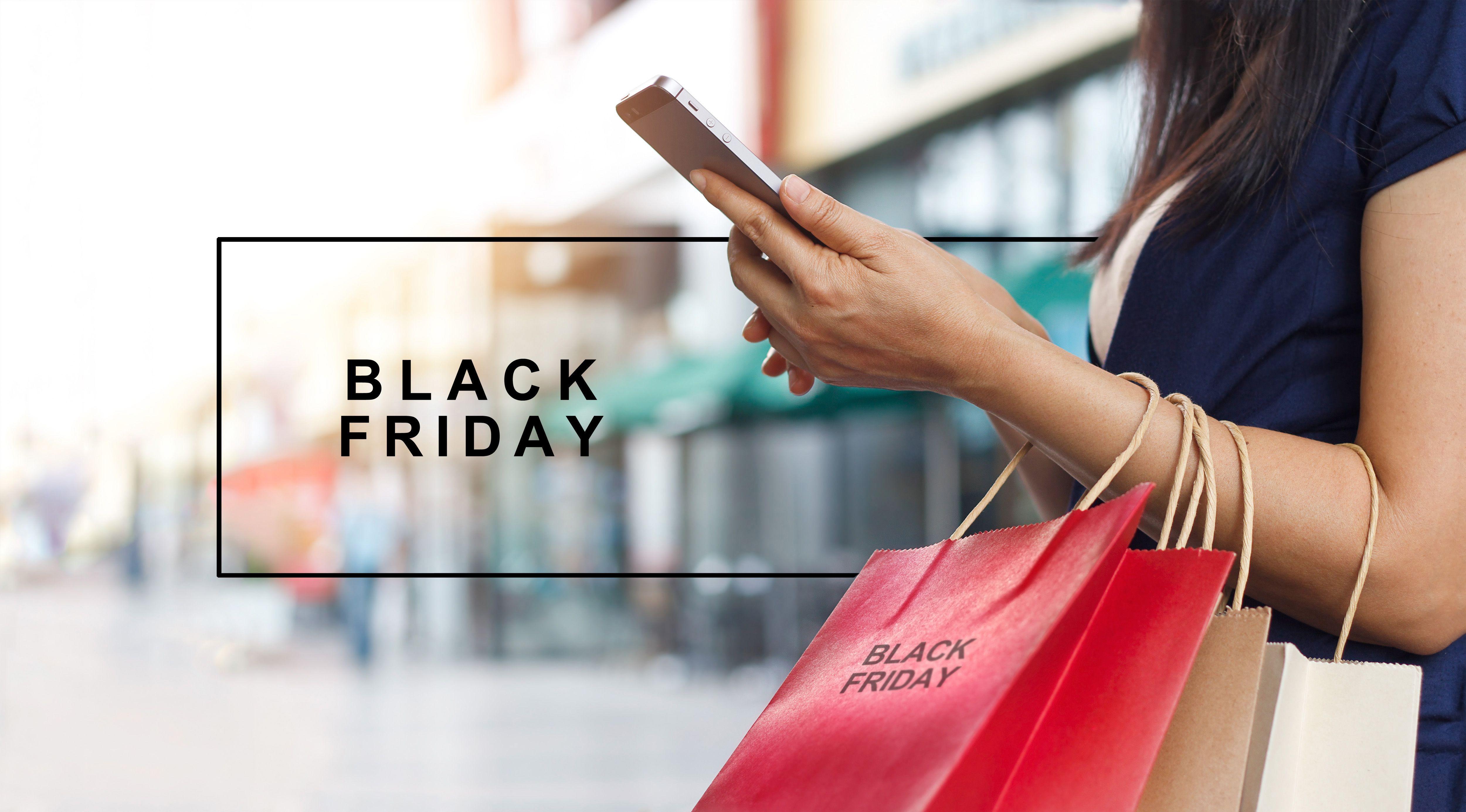 Ąrednia obniżka cen w sklepach online wynosi zaledwie 1,3 proc. fot. Shutterstock