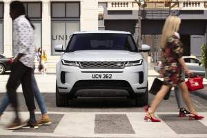 Land Rover Evoque 2019 5.jpg