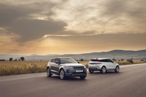 Land Rover Evoque 2019 6.jpg
