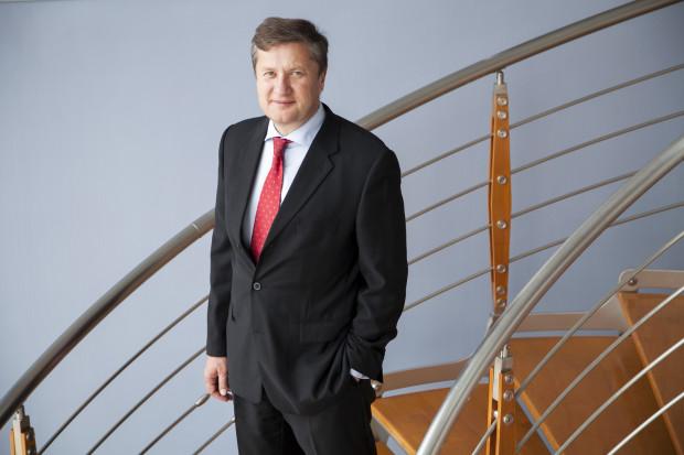Maciej Stańczuk kupił upadającą fabrykę. Teraz chce zawojować rynek budowlany