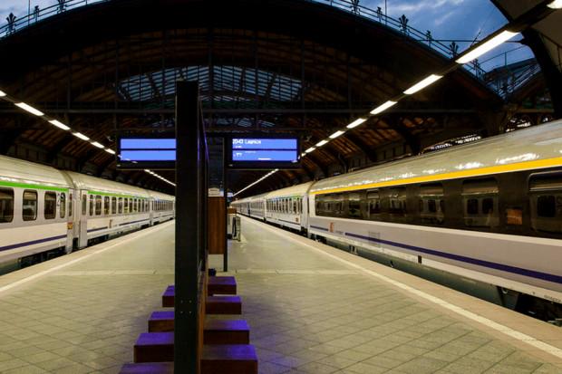 PKP Intercity liczy na wzrost liczby pasażerów i lokomotywy hybrydowe