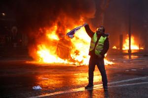 Donald Trump: ustępstwa Macrona pokazują, że porozumienie paryskie było skazane na porażkę