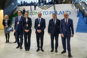 Zdjęcie numer 2 - galeria: W Katowicach rozpoczął się szczyt klimatyczny COP24