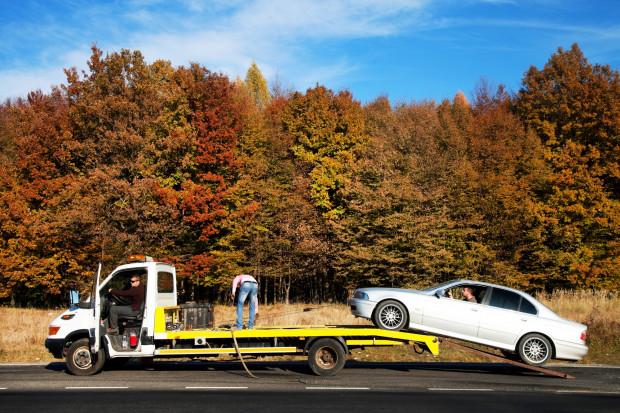 Przepisy dotyczące opłat za odholowanie aut - niekonstytucyjne