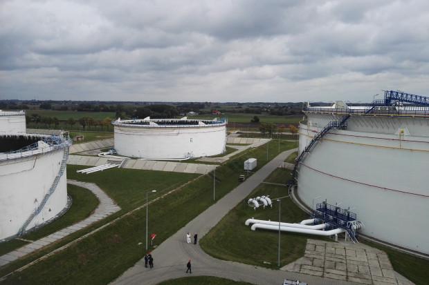 PERN: padnie kolejny rekord obrotów na rynku paliw